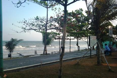 salah satu bagian pantai monpera