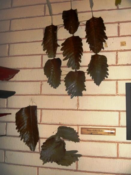 layang-layang dari daun