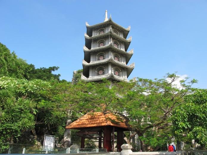 salah satu pagoda
